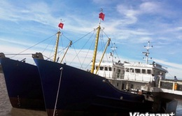 Khai thác tàu dịch vụ hậu cần nghề cá vỏ thép đầu tiên ở Quảng Ngãi