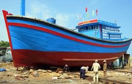 Quảng Bình đóng mới 27 tàu cá công suất lớn