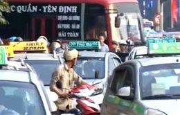 Nhiều hãng taxi đề xuất tăng giá cước