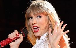 Một MC mất việc vì Taylor Swift