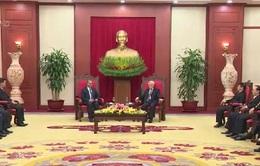 Tổng Bí thư tiếp Đoàn đại biểu Đảng Nhân dân Cách mạng Lào