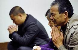 Thân nhân hành khách MH370 yêu cầu tiếp tục điều tra
