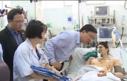 Lãnh đạo Ủy ban ATGT quốc gia thăm nạn nhân TNGT tại Bệnh viện Việt Đức