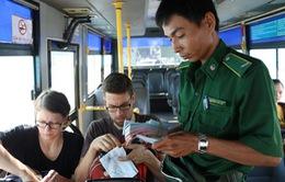 TP.HCM áp dụng mô hình thanh niên xung phong bán vé xe bus