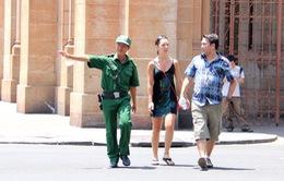 TP.HCM: Thanh niên xung phong tham gia bảo vệ khách du lịch