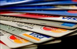 Mỹ: Nợ thẻ tín dụng tăng kỷ lục