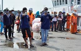 Thi thể 11 ngư dân trên tàu cá bị nổ đã về đất liền