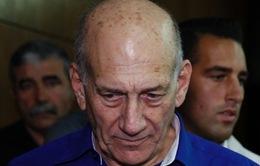 Cựu Thủ tướng Israel bị kết án nhận hối lộ