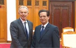 Thủ tướng tiếp cựu Thủ tướng Anh Tony Blair