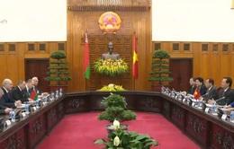 Thủ tướng hội kiến Tổng thống Belarus