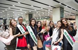 Hoa hậu Quốc tế 2015: Thúy Vân tung tăng đi chơi cùng Top 5