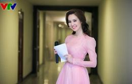 Á hậu Thụy Vân xinh đẹp lộng lẫy trong đêm nhạc Phú Quang
