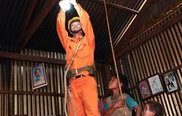 Quảng Nam hỗ trợ tiền điện cho hộ nghèo và hộ chính sách