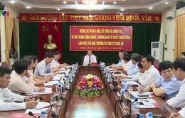 Đồng chí Tô Huy Rứa làm việc với Ban Thường vụ tỉnh ủy Nghệ An