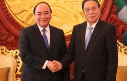 Phó Thủ tướng Nguyễn Xuân Phúc chào xã giao lãnh đạo cấp cao Lào