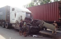 TP.HCM: Tai nạn liên hoàn giữa 3 xe container