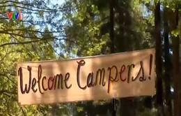 Mỹ: Trại hè cai nghiện điện thoại thông minh cho trẻ em