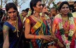 Người chuyển giới tại Ấn Độ: Chấp nhận hy sinh để được sống