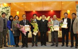 Trao Kỷ niệm chương Vì sự nghiệp Truyền hình cho đại diện Sony Việt Nam