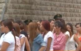 Giải cứu 54 phụ nữ và trẻ em bị lừa bán ra sang Trung Quốc