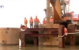Thi công trụ dây văng đầu tiên của cầu dây văng lớn thứ 2 Việt Nam