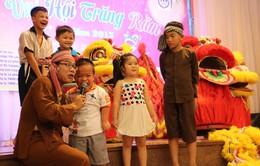 Nhiều đơn vị tổ chức Trung thu cho trẻ em khó khăn