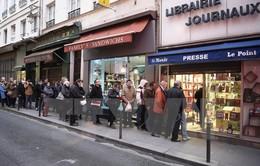 Các hiệu sách bán Charlie Hebdo bị đe dọa tấn công