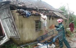 Lâm Đồng: Hơn 60 nhà dân bị sập và tốc mái do gió lốc