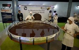 Đồng xu chocolate lớn nhất thế giới được ra mắt tại Venezuela