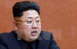 Nhà lãnh đạo Triều Tiên thăm trung tâm điều khiển vệ tinh