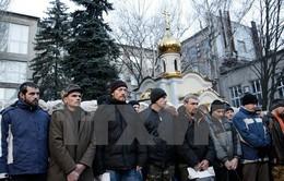 Ukraine tiến hành trao đổi tù binh đợt đầu tiên