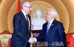 """Cộng đồng Việt Nam ở Slovakia - """"Cầu nối"""" tăng cường giao lưu hai nước"""