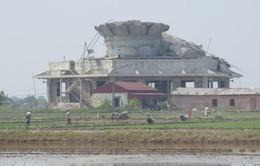 Thái Bình: Thép xây tượng Phật bị sập đổ chỉ nhỉnh hơn... chiếc đũa