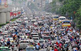 Hà Nội: Nhiều tuyến đường ùn tắc nghiêm trọng do mưa lớn