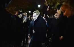 U2 hứa hẹn sẽ trở lại Pháp khi thích hợp