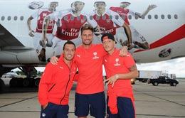 Arsenal bị chê 'sang chảnh' vì ngồi máy bay đúng … 14 phút