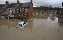 Lũ lụt tồi tệ nhất trong 70 năm tại Anh