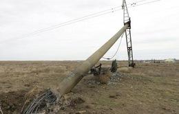 Ukraine ngừng vận chuyển hàng hóa qua Crimea