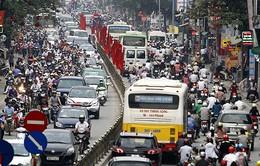 Hà Nội: Càng gần Tết, ùn tắc giao thông càng trầm trọng