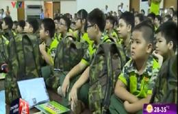 Nghỉ hè, hàng ngàn học sinh vào quân đội rèn luyện