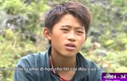 Ước mơ đến trường của em nhỏ mồ côi ở Hà Giang