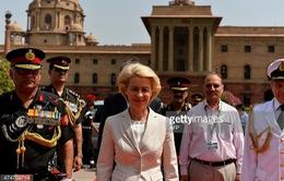 Bộ trưởng Quốc phòng Đức thăm Ấn Độ
