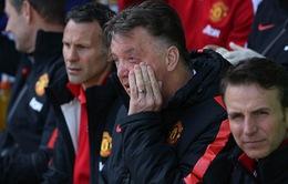"""Thua đau Everton, HLV Van Gaal """"ghét thái độ"""" của học trò"""