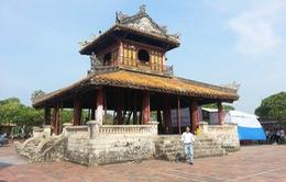 Trùng tu di tích Phu Văn Lâu