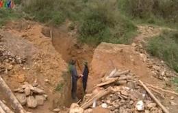 Báo động tình trạng mất an toàn tại các hầm vàng trái phép