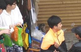 """Xuất hiện nhóm đánh giày """"chặt chém"""" khách du lịch tại Hà Nội"""