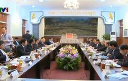 Đoàn đại biểu Đảng Cộng sản Việt Nam thăm chính thức Campuchia
