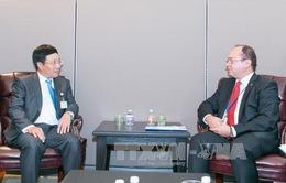 Phó Thủ tướng Phạm Bình Minh hội kiến Bộ trưởng Ngoại giao Romania