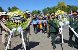 Tiếp nhận hài cốt liệt sỹ Việt Nam hy sinh tại Campuchia về nước