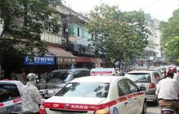 Tổng cục Đường bộ không đồng ý lùi thời hạn lắp hộp đen cho xe taxi